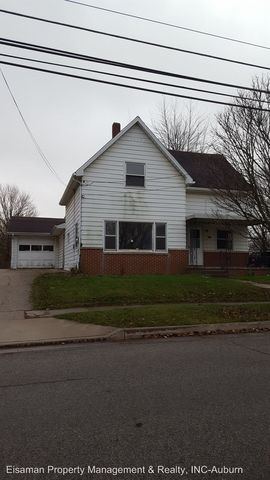 614 Dowling St, Kendallville, IN 46755