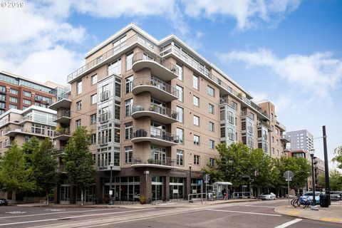 Photo of 1133 Nw 11th Ave Apt 317, Portland, OR 97209