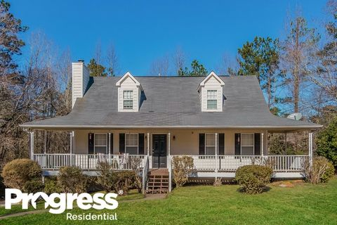 Photo of 2528 Chesterbrooke Dr, Lithia Springs, GA 30122