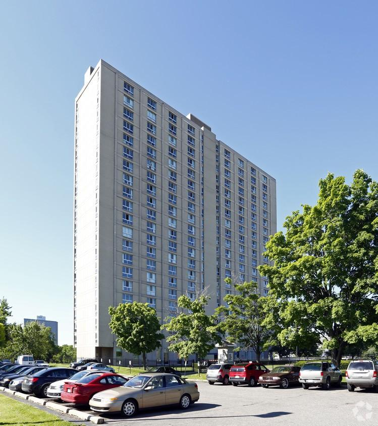 City Place Detroit Apartments