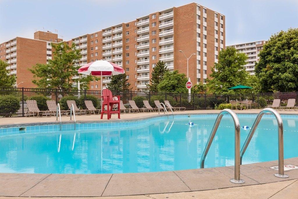Pine Ridge Apartments