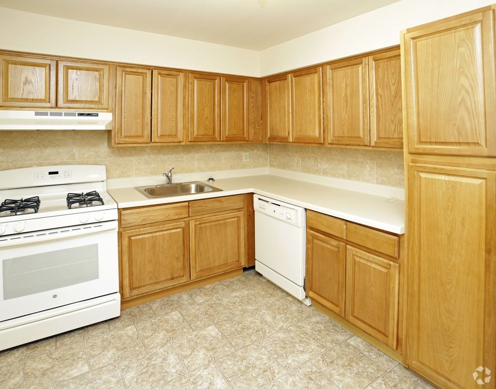 Lakeview Gardens Parsippany Nj.Lakeview Gardens Rentals Parsippany ...