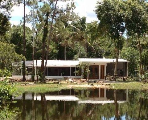 18081 Burns Rd, Ochopee, FL 34141