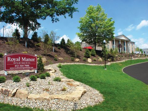 Photo of 8900 Royal Manor Dr, Pittsburgh, PA 15101
