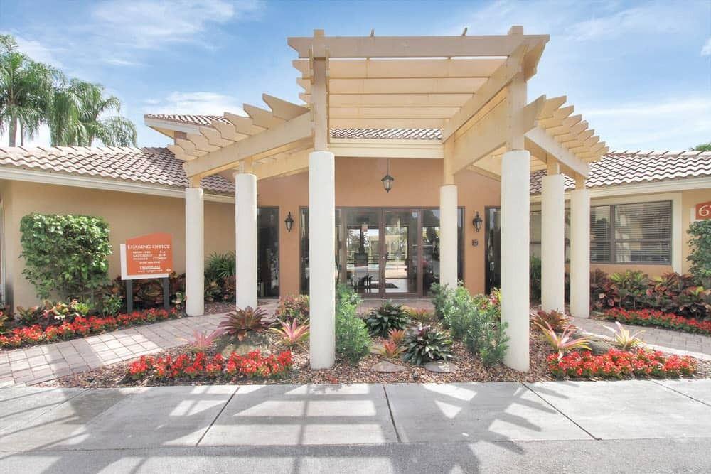 Lauderhill, FL Apartments for Rent - realtor.com®