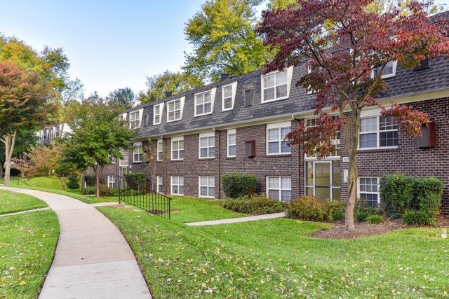 803 Roundtop Ct, Lutherville, MD 21093 - realtor.com®