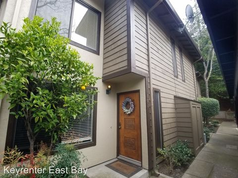 882 Redwood Ct, Crockett, CA 94525