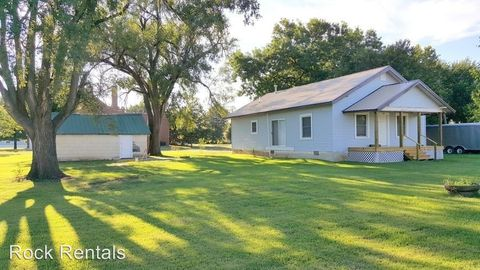 217 S Briggs St, Partridge, KS 67566