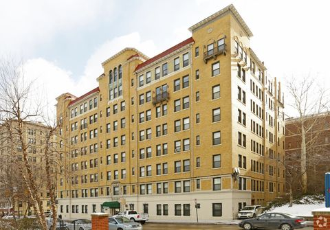5260 Centre Ave, Pittsburgh, PA 15232