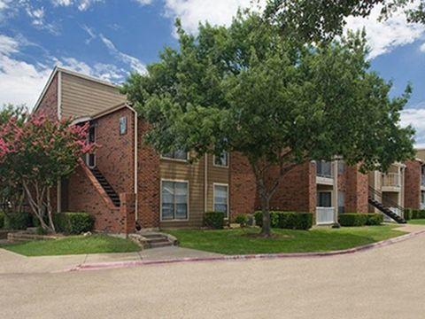 Photo of 2934 Alouette Dr, Grand Prairie, TX 75052