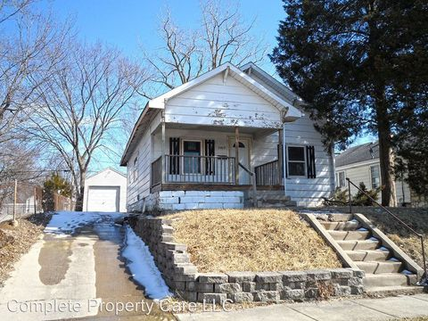 2402 Fairview St, Anderson, IN 46016