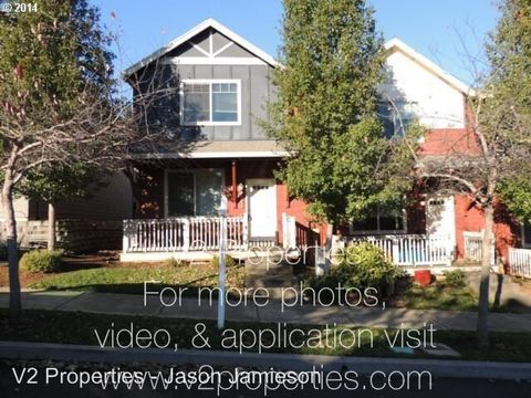 38569 Se Cascadia Village Dr, Sandy, OR 97055