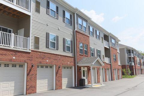 2565 Boyce Plaza Rd, Upper Saint Clair, PA 15241