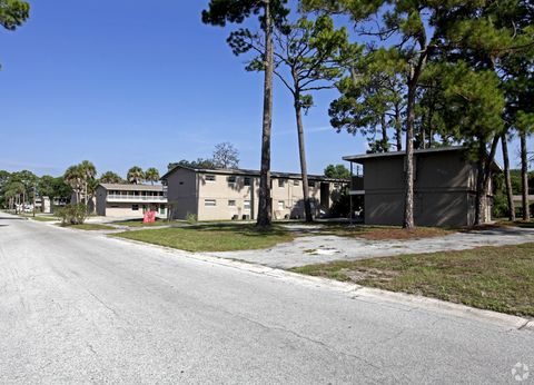 Photo of 2280 Mayfair Way, Titusville, FL 32796