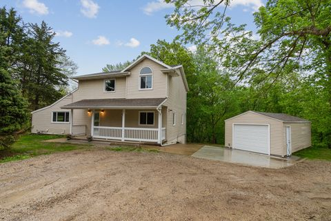 Photo of 3613 Big Bend Rd, Ely, IA 52227