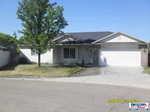 523 S Queens Dr, Nampa, ID 83687