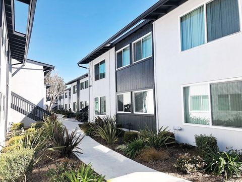 Photo of 520-536 W Carrillo St, Santa Barbara, CA 93101