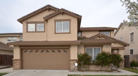 13621 Redstone St, Lathrop, CA 95330
