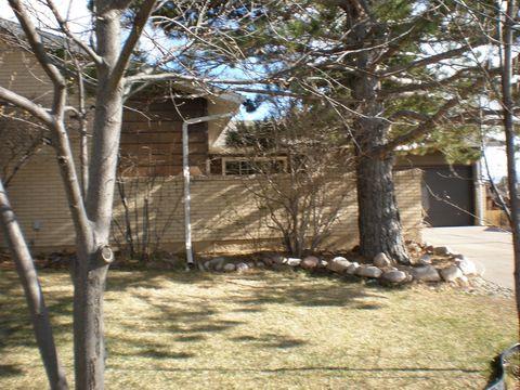 727 Golden Hill St, Cheyenne, WY 82009