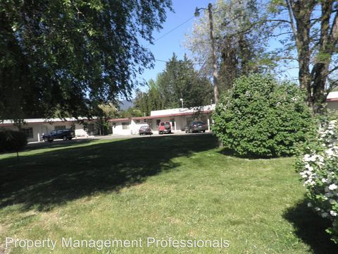 1400 Rogue River Hwy, Grants Pass, OR 97527