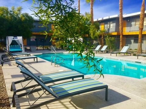 Photo of 1550 E Harmon Ave, Las Vegas, NV 89119