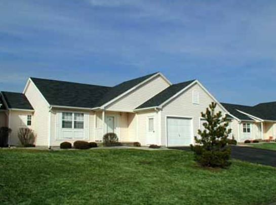 10 72 Crystal Commons Dr, Rochester, NY 14624