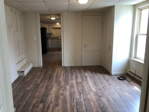 26-28 W Main St, Newmanstown, PA 17073