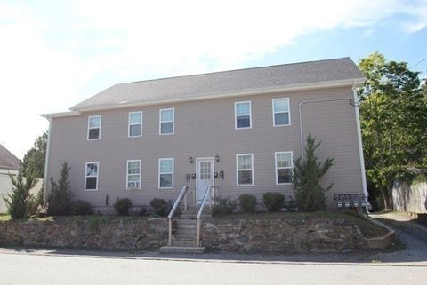 4 N Fourth Ave, Taftville, CT 06380