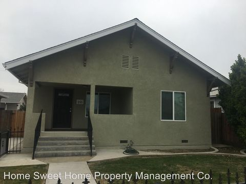 Photo of 255 J St, Los Banos, CA 93635
