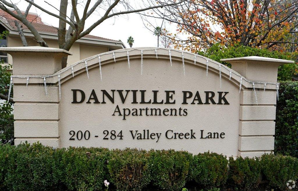 218 W Valley Creek Ln, Danville, CA 94526