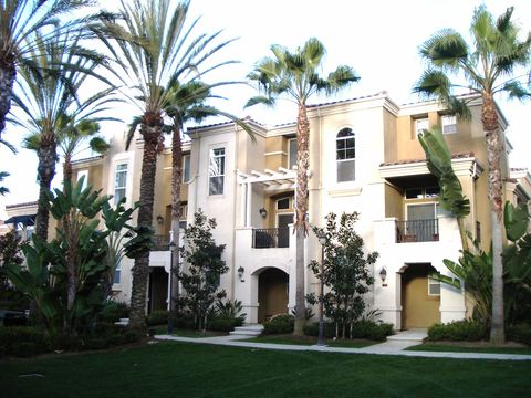 Photo of 2760 Farragut Rd, San Diego, CA 92106