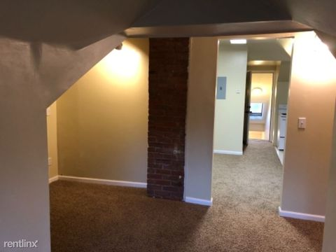 Photo of 710 N 30th St Apt 6, Billings, MT 59101