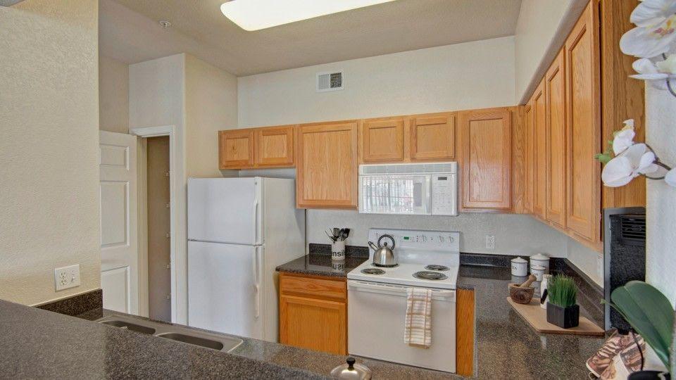 1817 N Dobson Rd, Chandler, AZ 85224