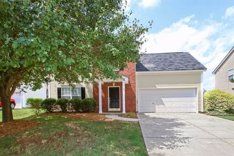 Photo of 157 Camforth Dr, Mooresville, NC 28117