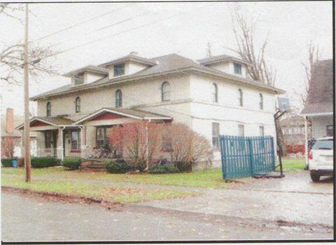 Photo of 605 E Walnut St, Titusville, PA 16354