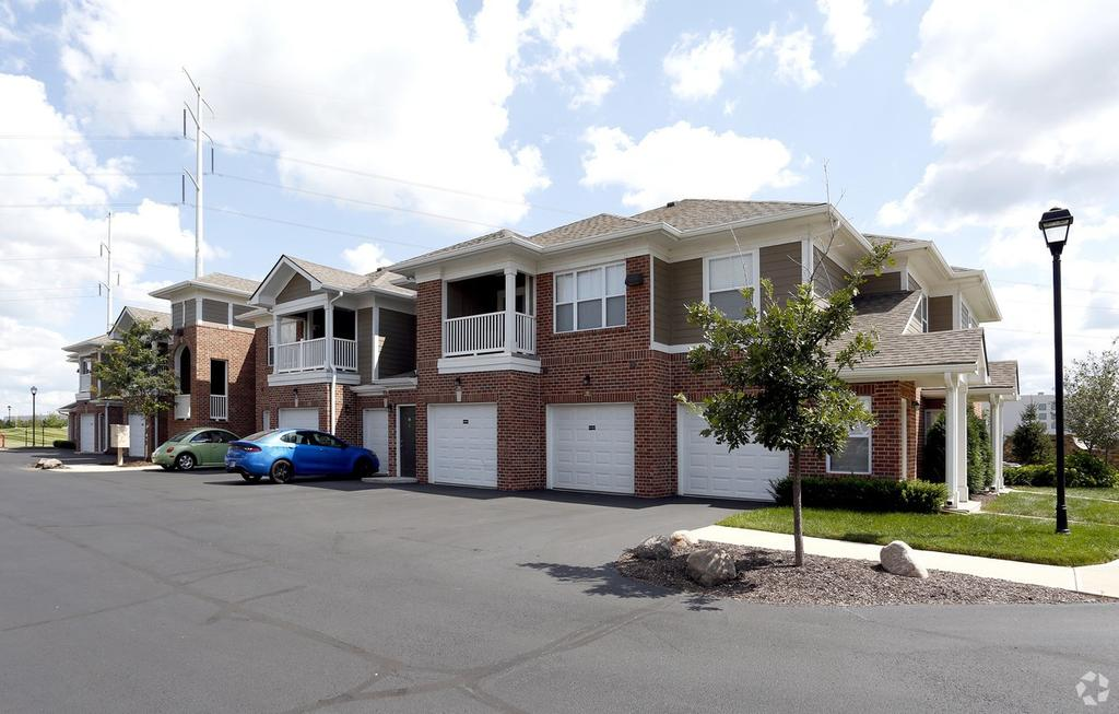 2720 Canyon Club Dr, Plainfield, IN 46168