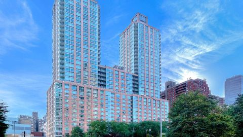 101 W End Ave, New York, NY 10023