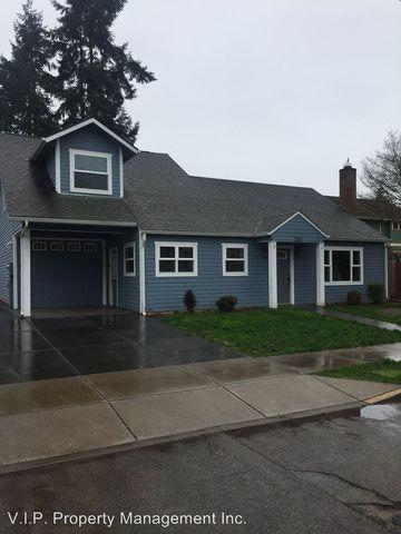 Photo of 210 Adams Ave, Silverton, OR 97381