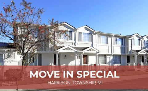 38001 Club House Ln, Harrison Township, MI 48045