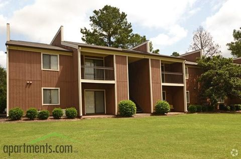 Photo of 333 S Mock Rd, Albany, GA 31705