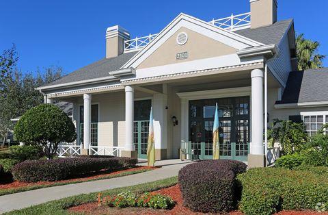 2101 Walden Park Cir, Kissimmee, FL 34744
