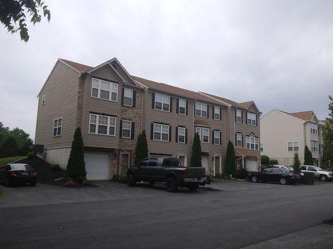 38 Buttonwood Ln, York, PA 17406