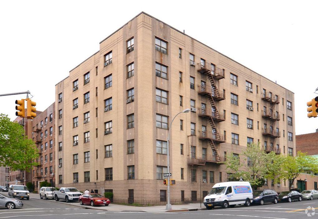 250 Bedford Park Blvd Bronx NY 10458