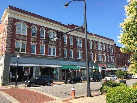 Photo of 508 E Main St Apt 309, Elizabeth City, NC 27909