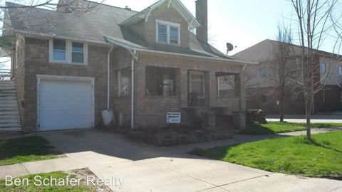 702 West St, Caldwell, OH 43724