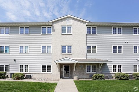 Photo of 125 Campus Ave, Ames, IA 50014