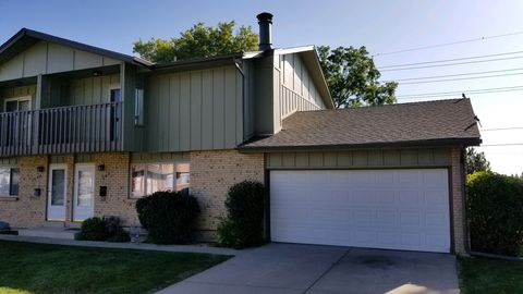 Photo of 1048 S Alkire St, Lakewood, CO 80228