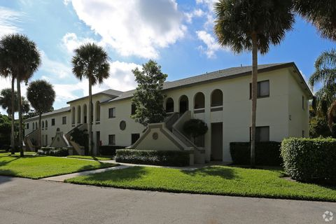 Photo of 100 W Hidden Valley Blvd, Boca Raton, FL 33487