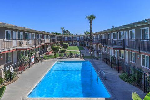 Photo of 1381 E Santa Fe Ave, Merced, CA 95340