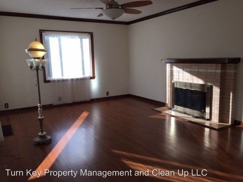 Photo of 5024 S Plaza Dr Ste G, Newburgh, IN 47630